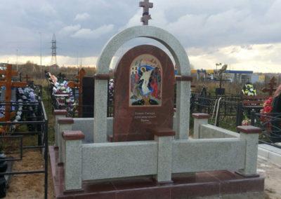 Эксклюзивный составной памятник фото под стеклом, гранитный составной комплекс