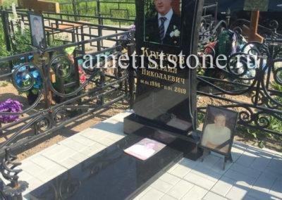 Эксклюзивный памятник фото под стеклом, благоустройство плиткой